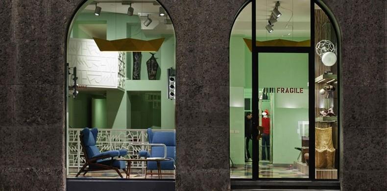 """Fragile Milano New Milan Art Design Gallery"""