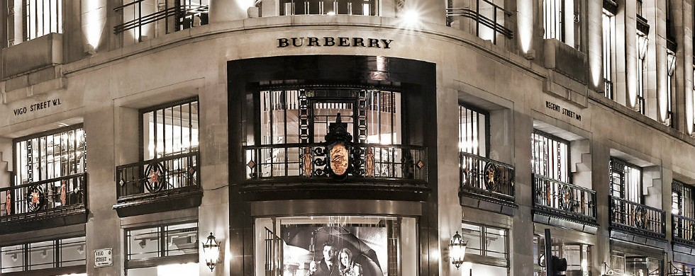 In Milan's luxury avenue heart: Burberry reopened at Via Montenapoleone In Milan's luxury avenue heart: Burberry reopened at Via Montenapoleone In Milan's luxury avenue heart: Burberry reopened at Via Montenapoleone In Milans luxury avenue heart Burberry reopened at Via Montenapoleone 2 980x390
