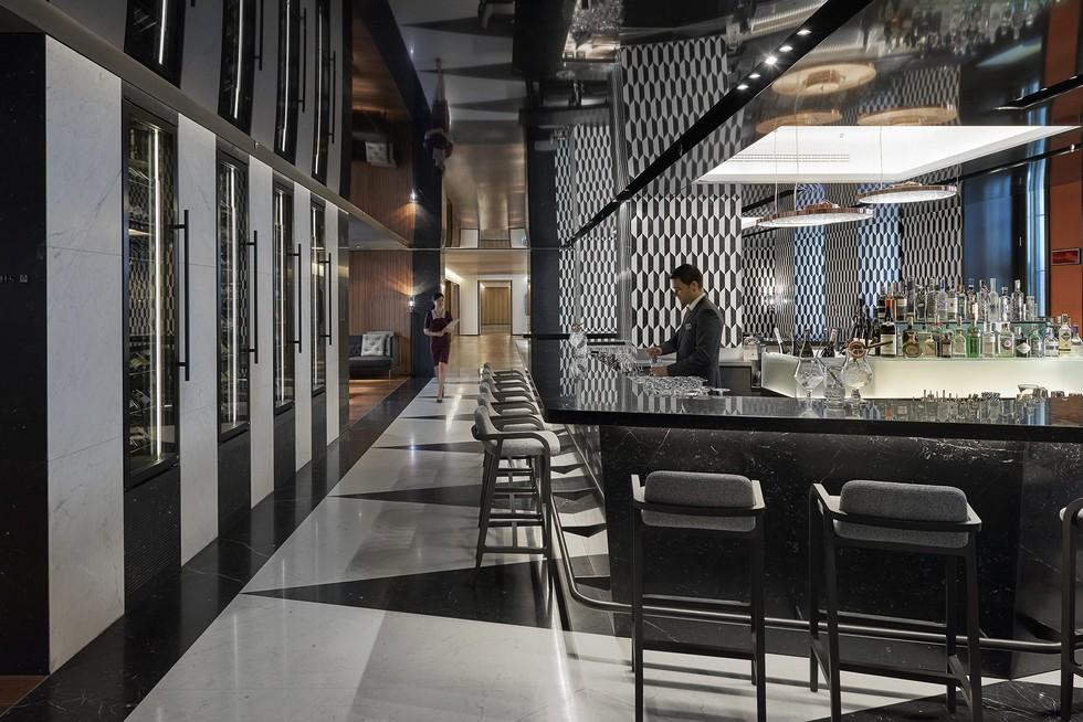 Mandarin oriental milan opening the new milan luxury hotel for Mandarin oriental spa milan