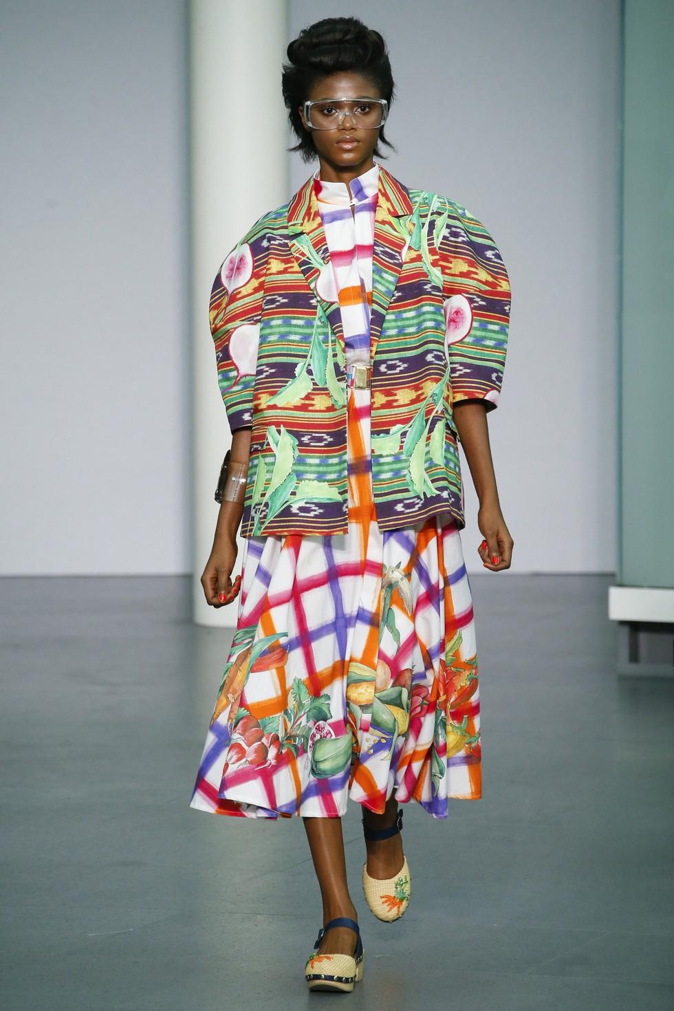 Milan Fashion Week 2016 Spring Summer News Day one best moments-Stella Jean (4)