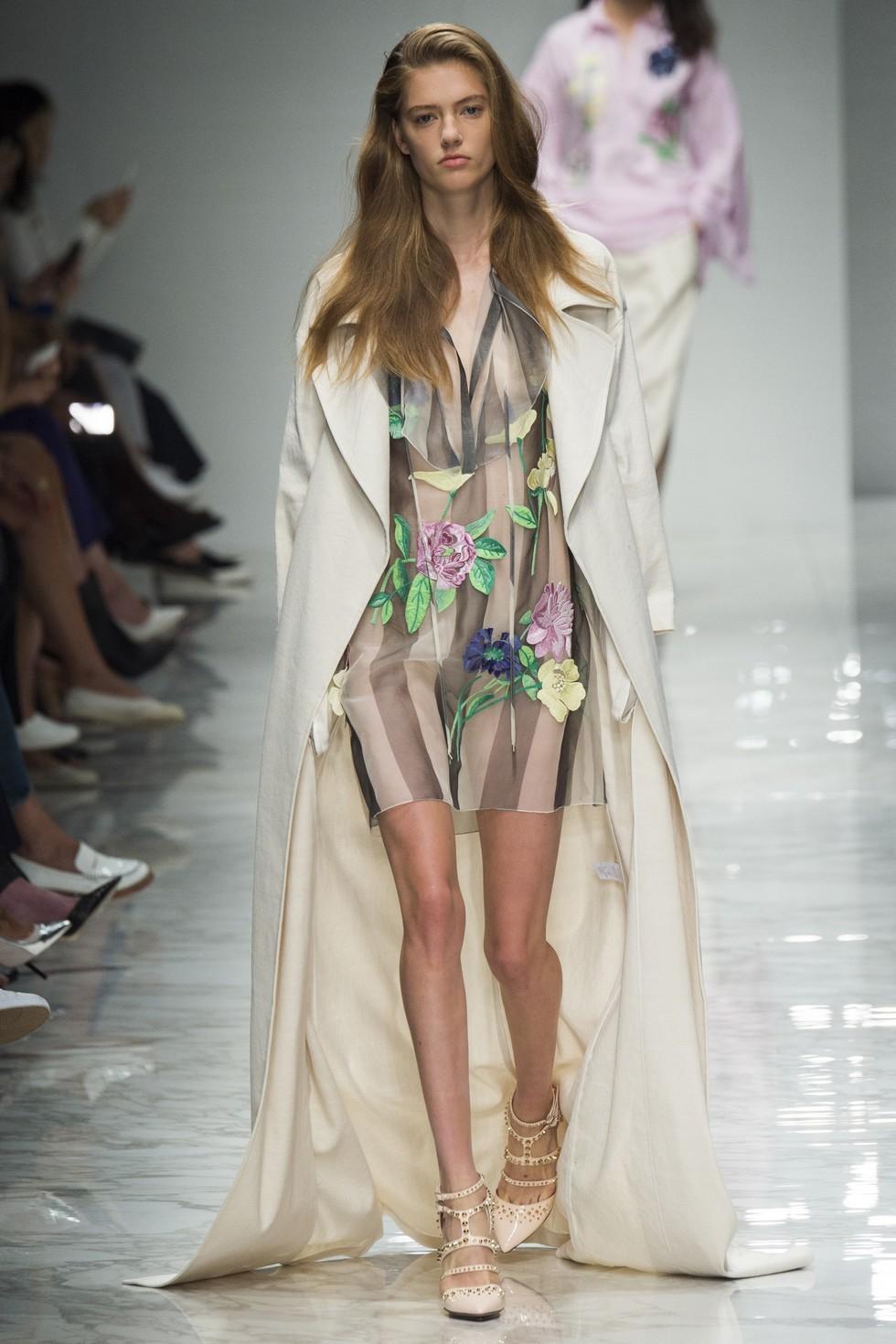 Milan Fashion Week 2016 Spring Summer News Day three best moments-Blumarine (1)