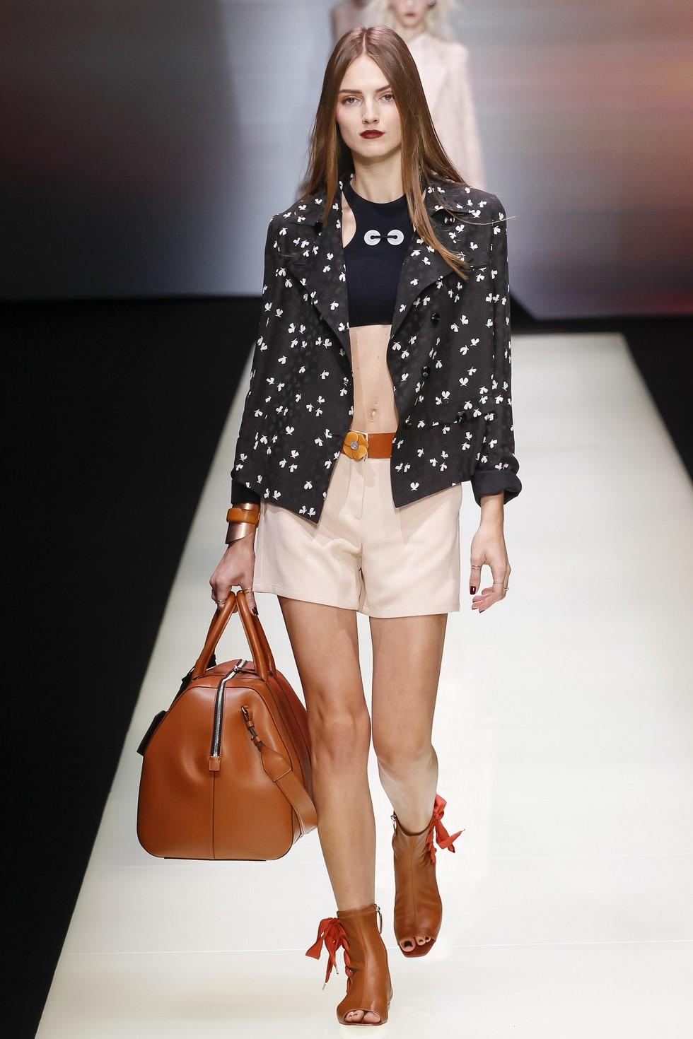 Milan Fashion Week 2016 Spring Summer News Day three best moments-Emporio Armani