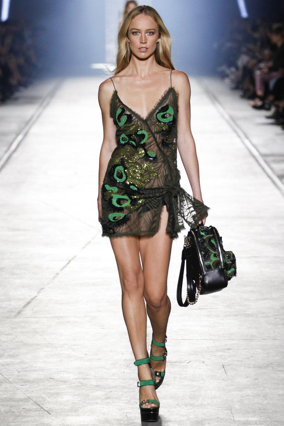 Milan Fashion Week 2016 Spring Summer News Day three best moments-Versace (1)