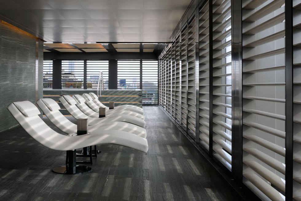 What to do in Milan a visit into Armani Hotel at Via Manzoni What to do in Milan: a visit into Armani Hotel at Via Manzoni What to do in Milan: a visit into Armani Hotel at Via Manzoni What to do in Milan a visit into Armani Hotel at Via Manzoni 14