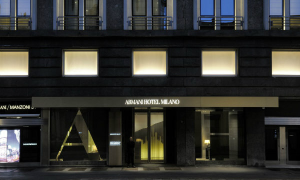 What to do in Milan: a visit into Armani Hotel at Via Manzoni