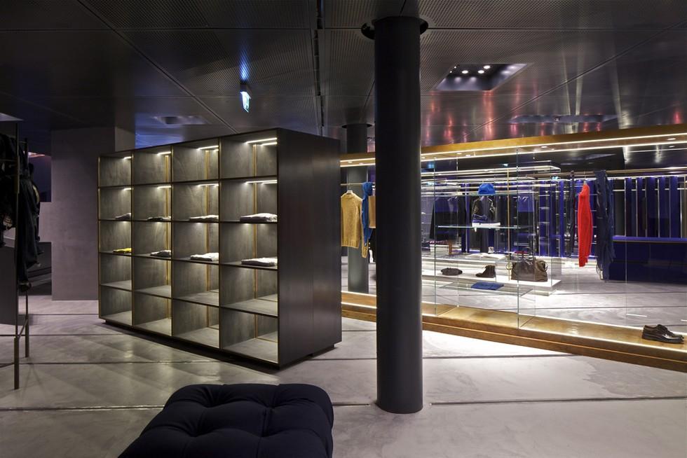 Best Milan Shops - Excelsior Milan (3) milan inside guide Milan Inside Guide by Nina Yashar Best Milan Shops Excelsior Milan 3