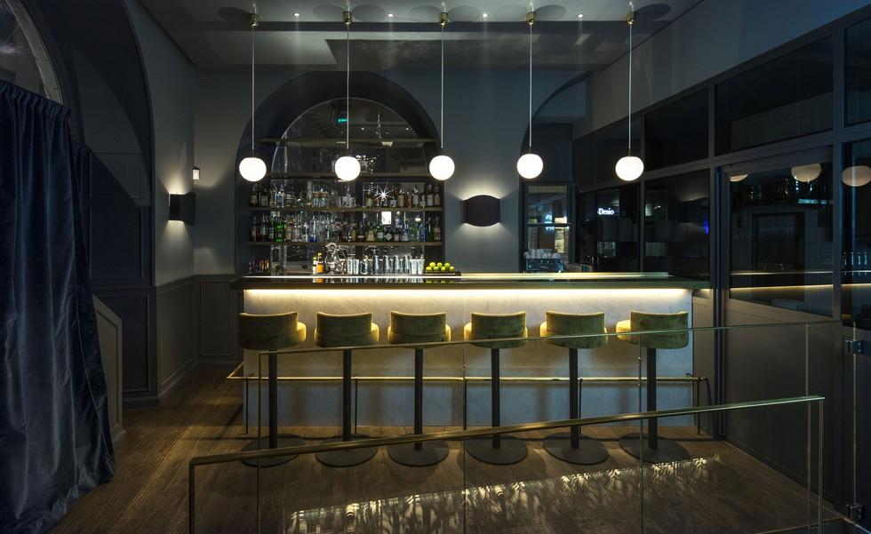 Pacifico restaurant bar velvet stools milan best restaurants Milan Best Restaurants – Pacifico by Marsica Fossati Milan Best Restaurants     Pacifico by Marsica Fossati 5