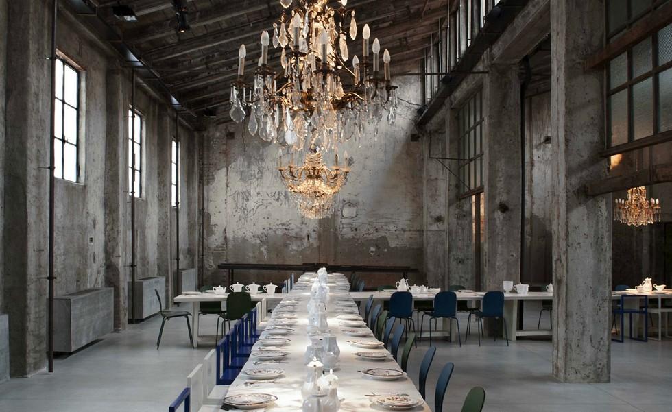 Best Milan Restaurants – 5 designer restaurants to not miss Carlo Cracco (1) Best Milan restaurants Best Milan restaurants – discover all the Michelin star winners PART II Best Milan Restaurants     5 designer restaurants to not miss Carlo Cracco 1 1