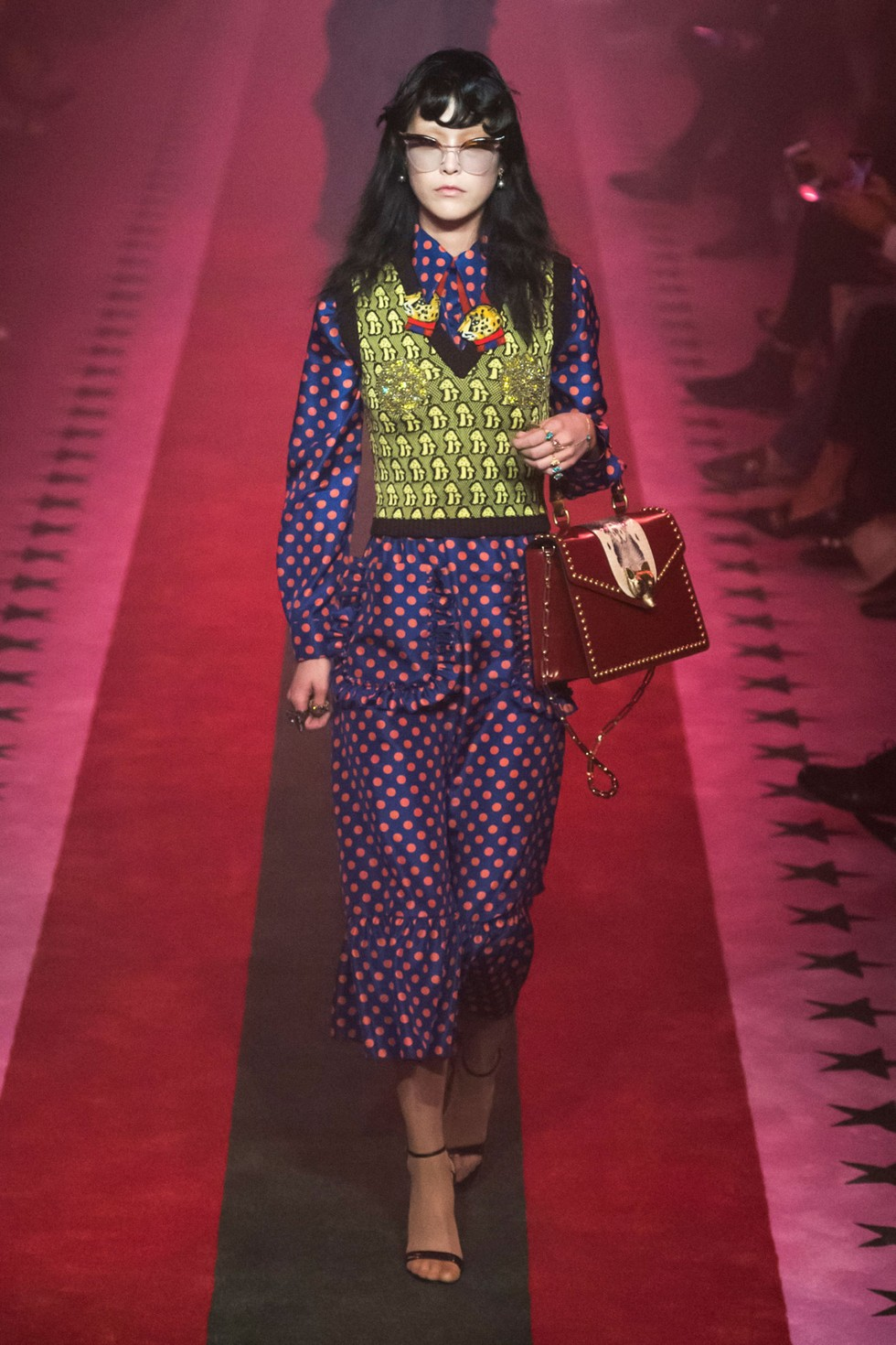Gucci italian luxury fashion brand Milan Design Week 2016 milan fashion spring summer 2017 Milan Fashion Spring Summer 2017 – day one best moments Gucci 3