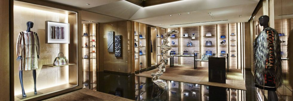 Milan fashion stores - KOKET decoration at via Montenapoleone,to when? milan fashion stores Milan fashion stores – KOKET decoration at via Montenapoleone,to when? Milan fashion stores 980x340