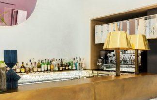 Caffe Senato Milano,  a new identity in total white color scheme
