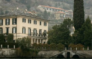 A look inside George Clooney's Mansion at Lake Como George Clooney's Mansion A look inside George Clooney's Mansion at Lake Como DESTAQUE 16 324x208