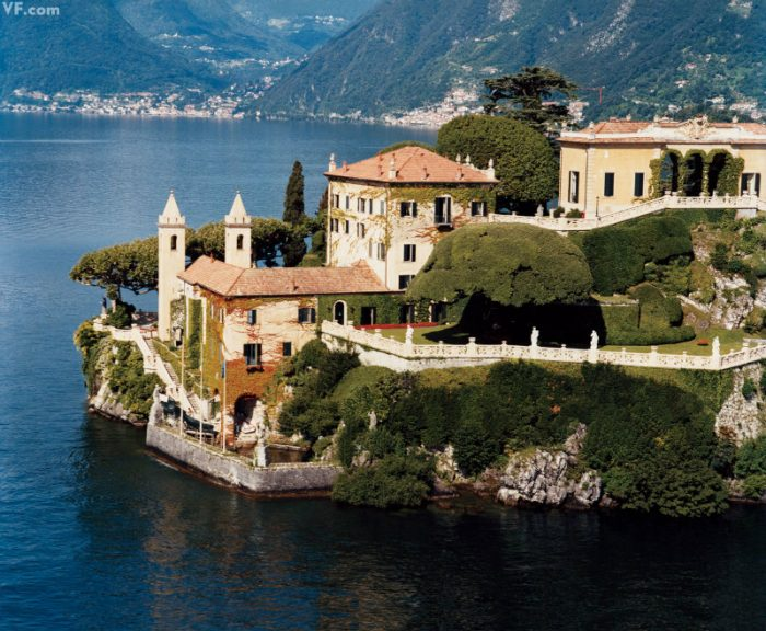 A look inside George Clooney's Mansion at Lake Como George Clooney's Mansion A look inside George Clooney's Mansion at Lake Como IMG5 9 700x576