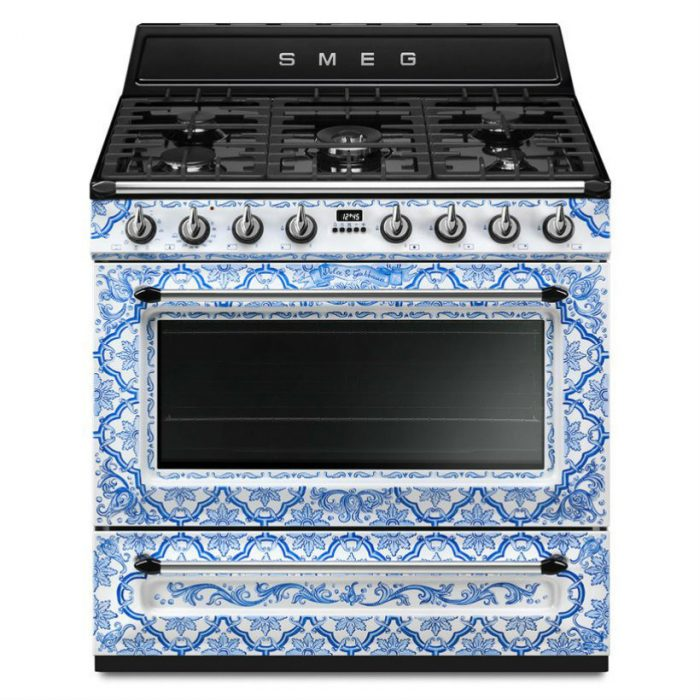 Divina Cucina Have you seen Smeg and Dolce & Gabbana's Divina Cucina? dolce gabbana smeg kitchen range sicily is my love divina cucina designboom 7 818x818 700x700