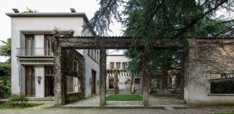 A look inside Milan's Villa Borsani, home of Osvaldo Borsani Villa Borsani A look inside Milan's Villa Borsani, home of Osvaldo Borsani DESTAQUE 9 800x390
