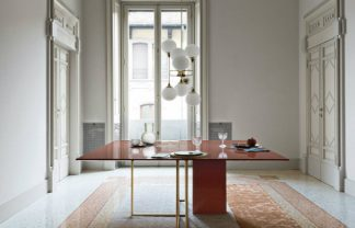 Have a look at Plinto table collection by Meridiani Plinto table collection Have a look at Plinto table collection by Meridiani Meridiani fEATURE 324x208