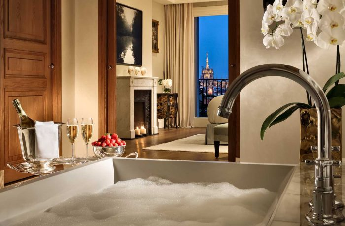 palazzo parigi in milan Inside the luxurious hotel Palazzo Parigi in Milan Night 1 700x459