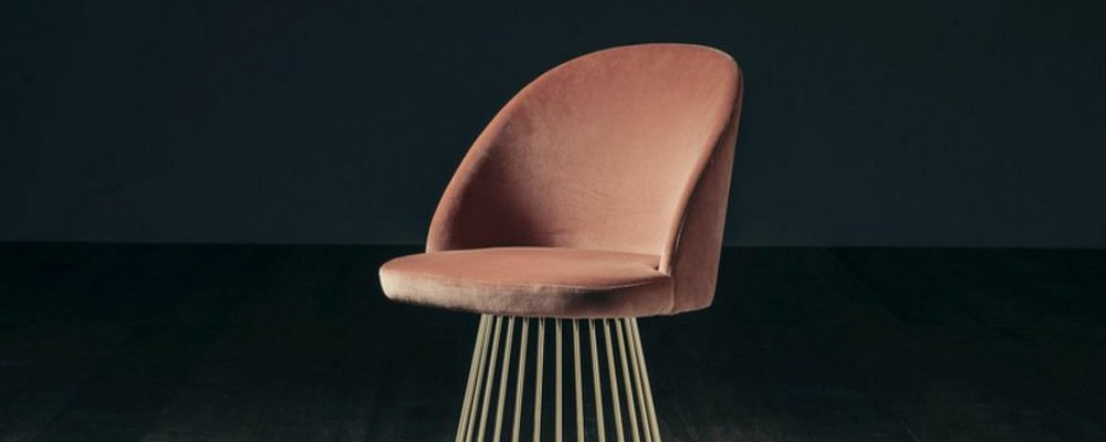 1st dibs has some of the most amazing luxury chairs you'll see