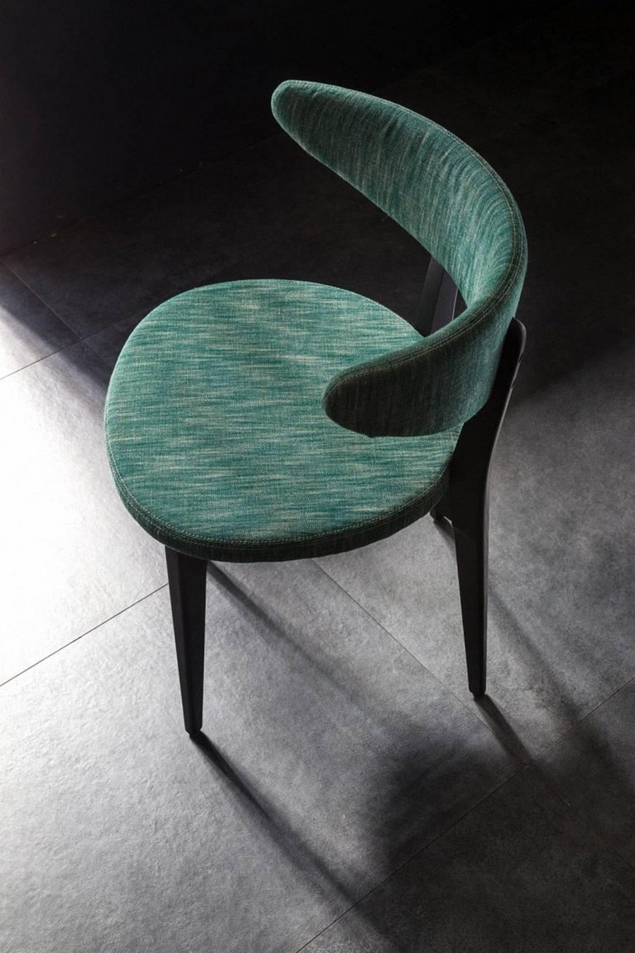 1st dibs 1st dibs has some of the most amazing luxury chairs you'll see Moroso2