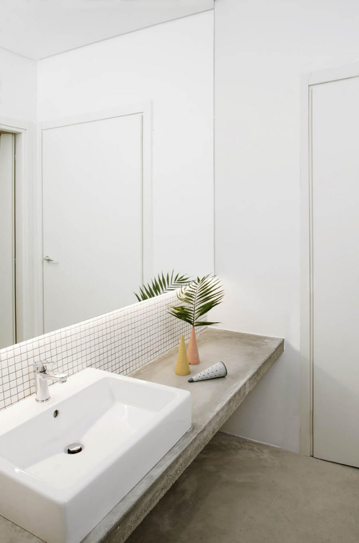 Timeless Bathroom Designs by AIM Studio aim studio Timeless Bathroom Designs by AIM Studio Timeless Bathroom Designs by AIM Studio 9